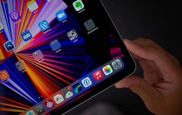 اپل اولین آیپد OLED را ممکن است سال 2023 عرضه کند