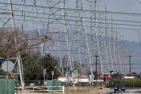 خطر قطعی برق و آب در پرجمعیت ترین استان آمریکا