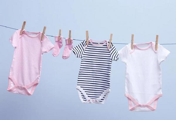 راهنمای کامل بهترین روش های شستن لباس نوزاد